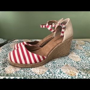 Red and white striped wedges size 6.5 new with tag